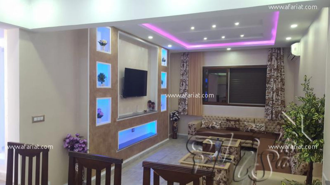 A vendre villa totalement quip e afariat tayara for Salle a manger tayara