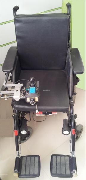 Annonce sur Affariat Tunisie pour: chaise roulante occasion
